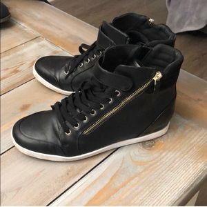 Mix No 6 Black Hightop Fashion Sneakers 9-9.5